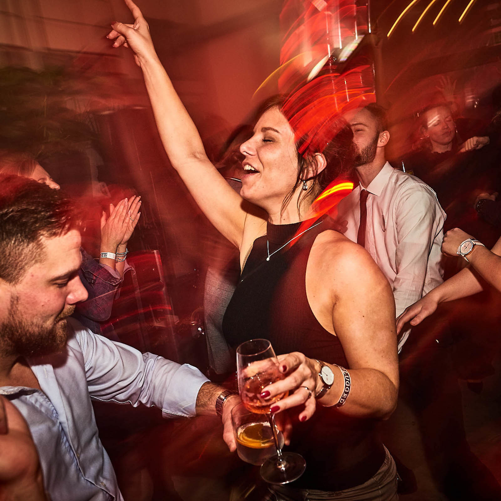 DJane | DJ | Hannover | Gliterplatte | Club | Wedding | Electro | Hip | Hop | Lounge | Empfang | Event | Messe | Charity | Gala | Buchen | Mieten